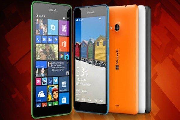 Как вы уже поняли, панели на Lumia 535 можно менять