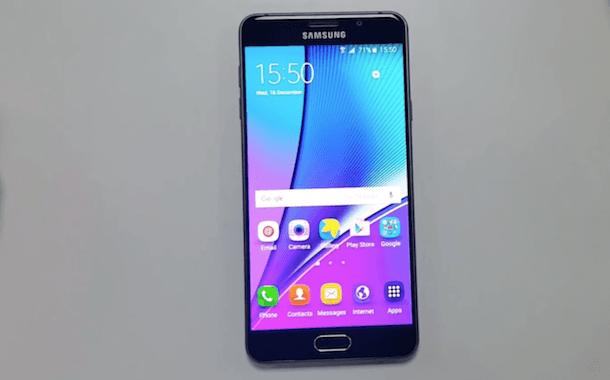 Смартфон имеет просто сногсшибательный внешний вид