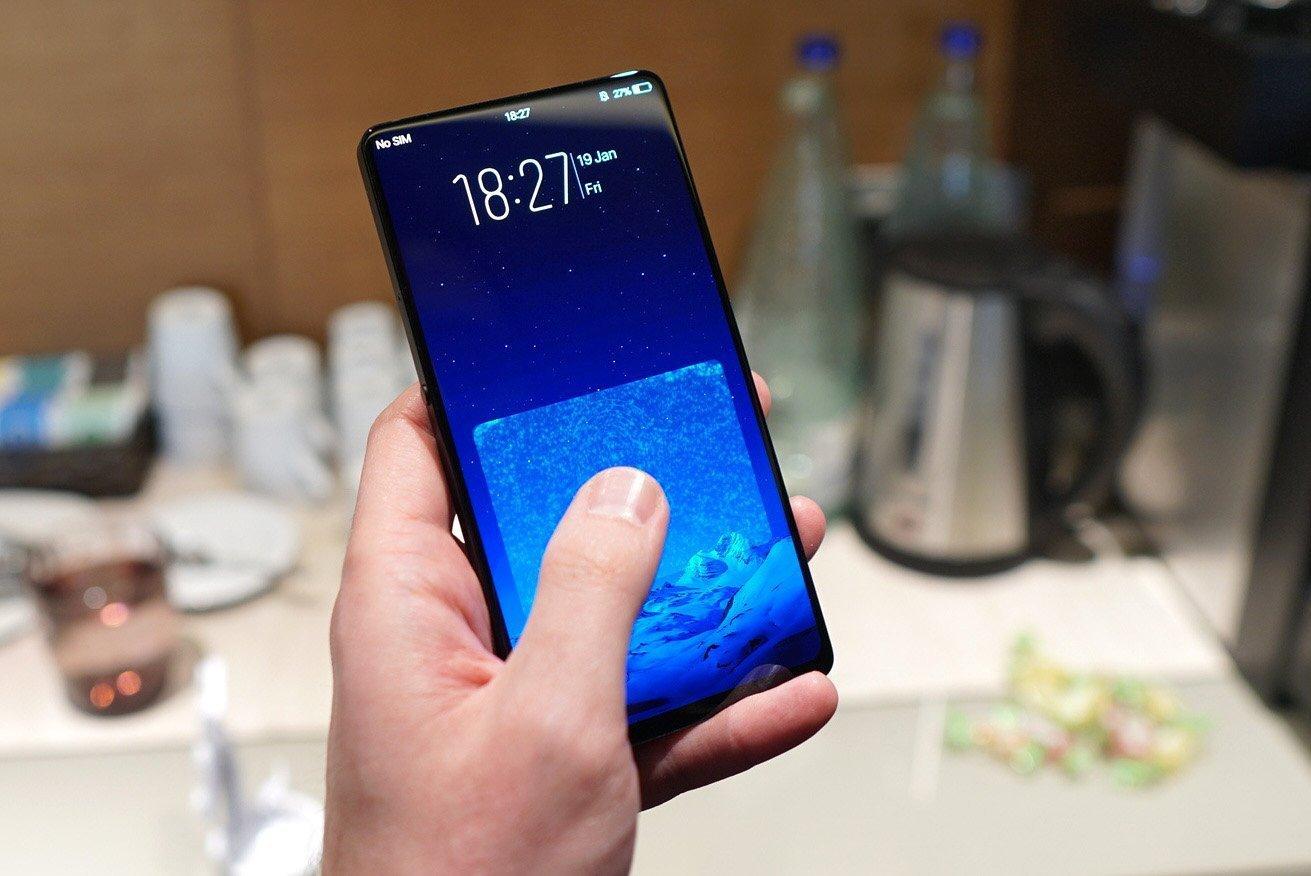 Вот так происходит разблокировка смартфона при помощи отпечатка пальцев
