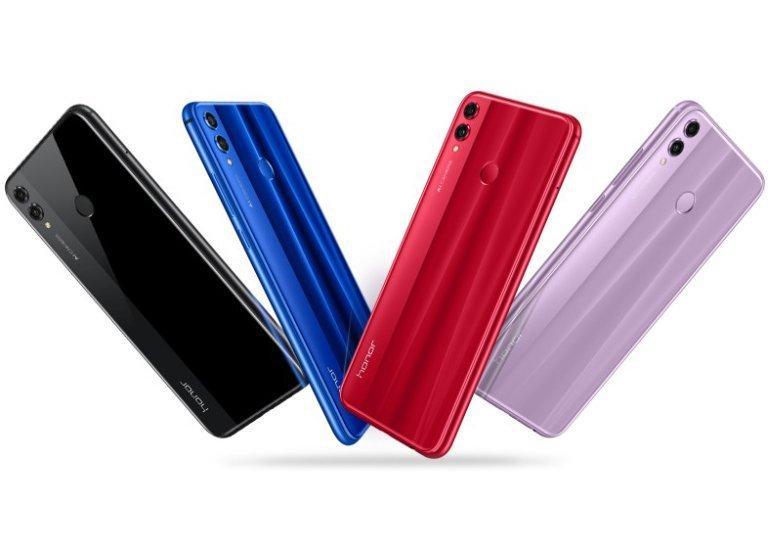 Смартфон представлен в нескольких цветах