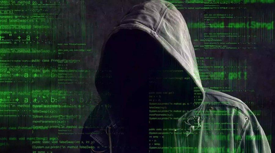 По мимо этого среди установленных вирусом файлов загружается текстовый документ с контактами шантажистов со стоимостью расшифровки данных, так как по мимо прочего, вирус выборочно шифрует информацию на установленных носителях.