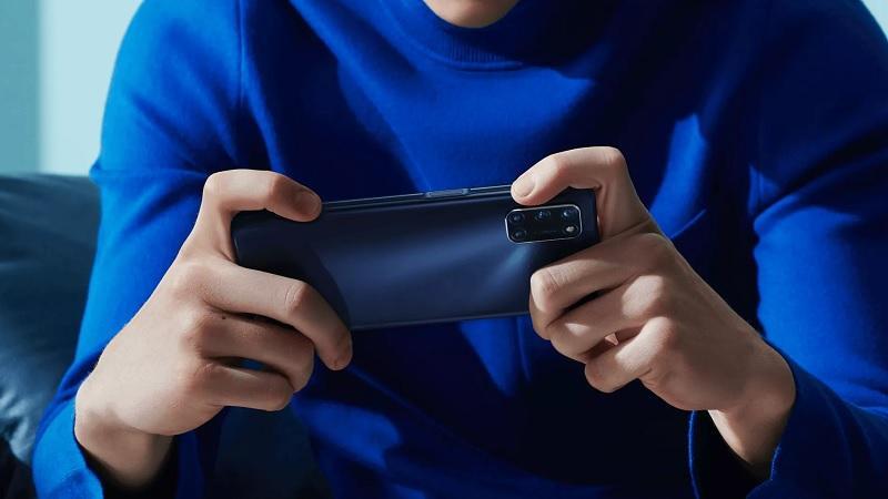 A72: смартфон можно использовать как игровой