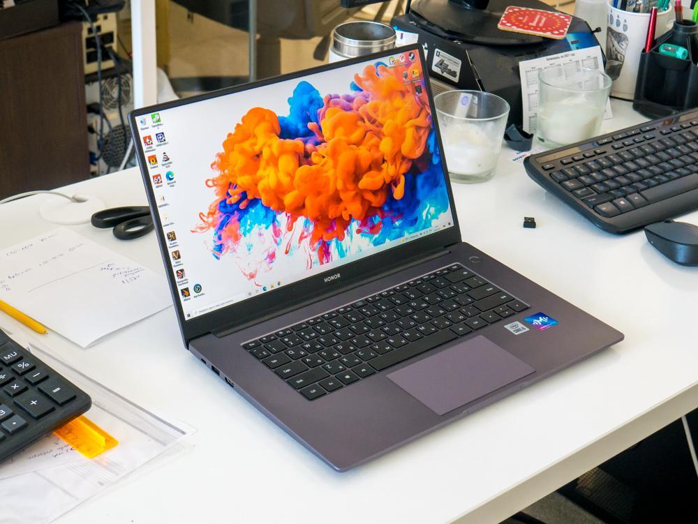 HONOR MagicBook X 15BBR-WAH9